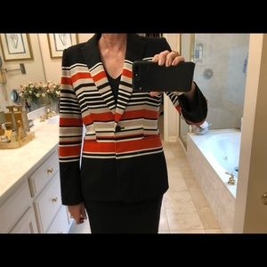Calvin Klein blazer / jacket, heavy knit, size 6.